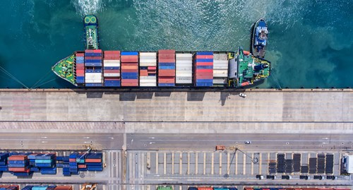 Government promises action to promote port rail links